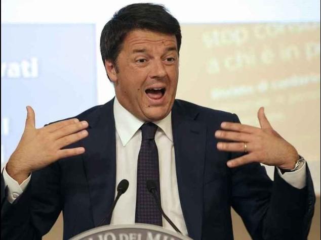 """Il padre di Renzi e' indagato """"Siamo entrambi autonomi"""""""