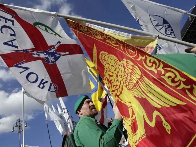 Lega: ok unanime a nuovo statuto, diventa 'confederazione'