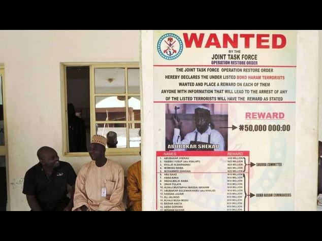 Nigeria market bomb kills 15