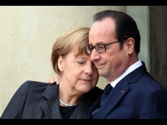 Merkel e Hollande, l'Europa resti unita
