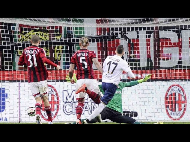 Calcio: Milan-Verona 2-2, Lopez beffa rossoneri al 94'