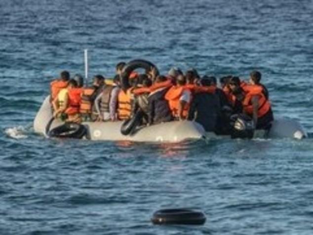 Migranti, quest'anno 101.851 sbarcati, il 2,81% in meno