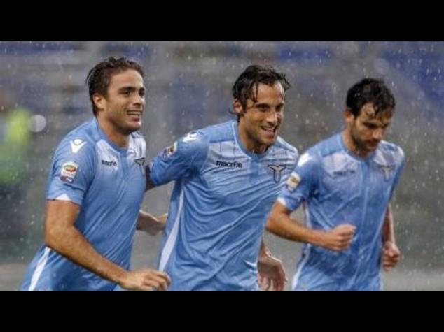 Calcio: Lazio-Udinese 2-0, doppietta di Matri, Empoli-Napoli 2-2