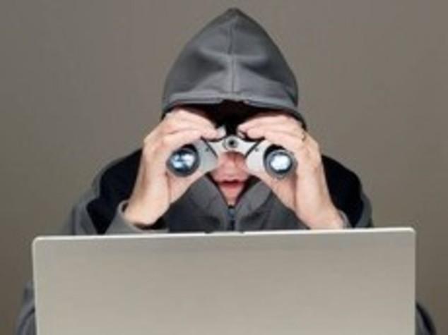 Estero Twitter lancia allerta su cyber attacchi  Share