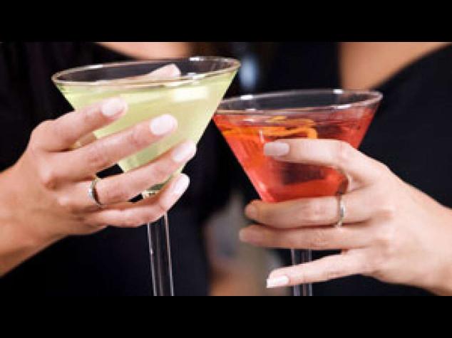 Alcol: consumo moderato legato a aumento rischio fibrillazione