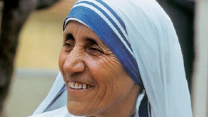 Papa: ok canonizzazione Madre Teresa