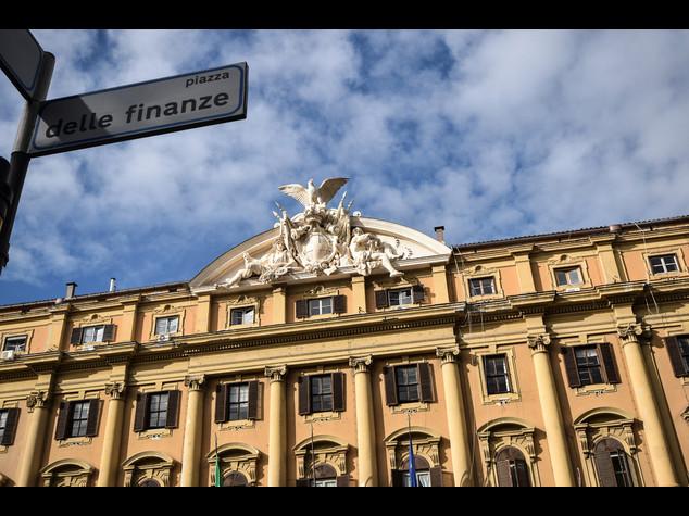 Mef, -70% segnalazioni di euro sospetti falsi in monete e banconote