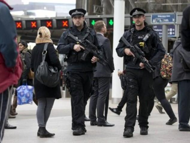 Londra aumenta sorveglianza terroristi scarcerati