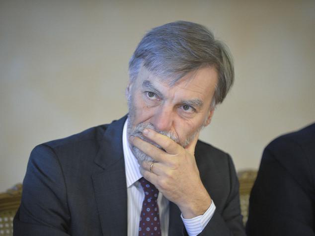 Delrio, 1,8 miliardi per i treni regionali