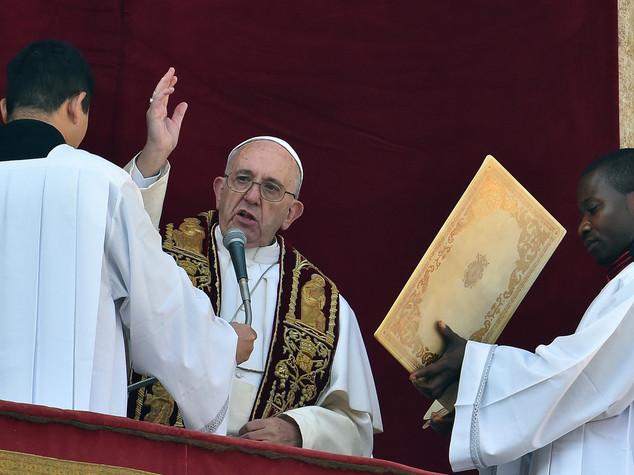 Papa: dialogo e pace in Mo e nel mondo