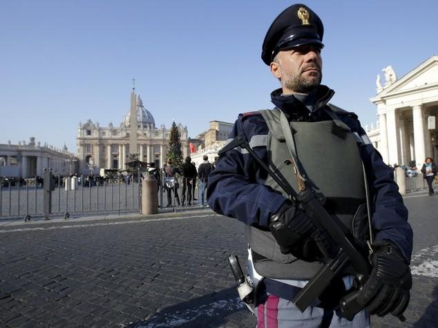 007, allarme Europol? No minacce specifiche per Italia