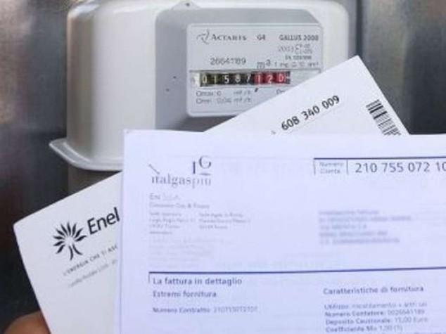 Da gennaio bollette gas e luce più care, ma famiglie risparmieranno 79 euro rispetto al 2015