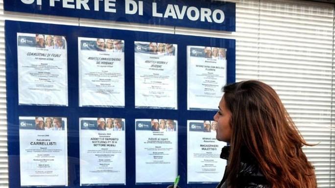 Ocse, in Italia precariato in crescita nonostante 'Jobs Act'
