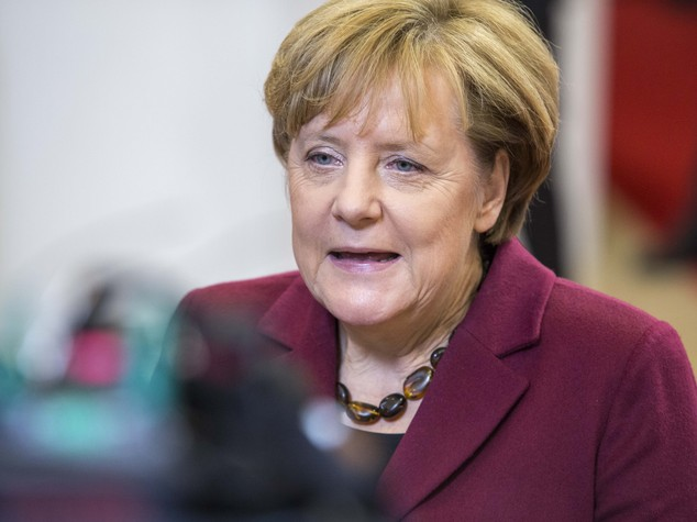 Merkel, Gran Bretagna rispetti libertà di circolazione delle persone