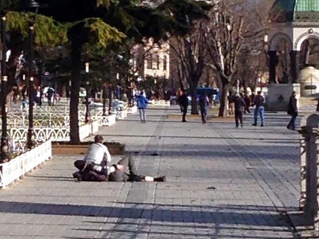 Istanbul, feriti 8 turisti fra cui 6 tedeschi