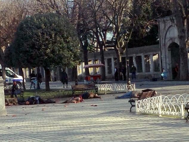 Turchia, governo vieta di diffondere notizie su esplosione