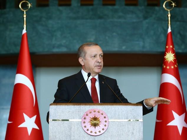 Turchia, dichiarato stato d'emergenza per 3 mesi