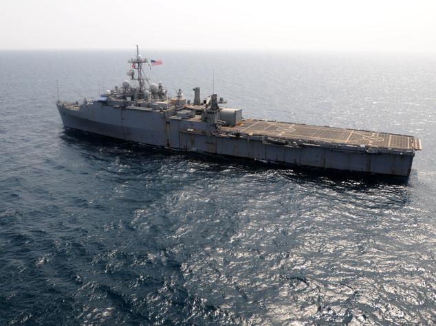"""Iran blocca due navi Usa nel Golfo Persico. Pentagono """"Rilasciatele rapidamente"""""""