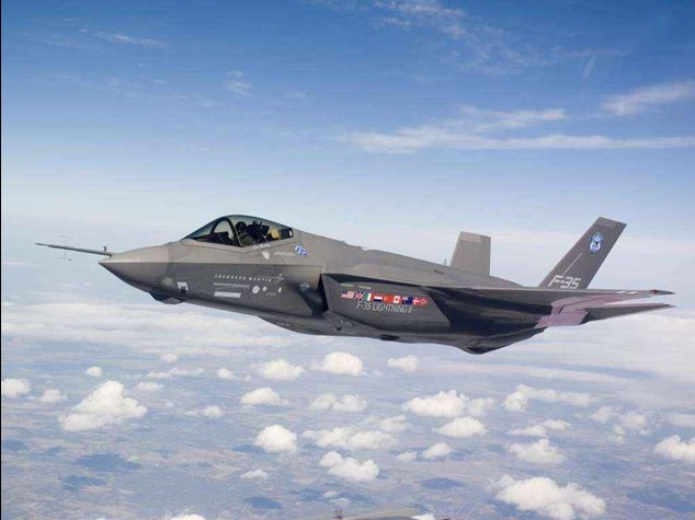 Pentagon allows F-35s to resume flights