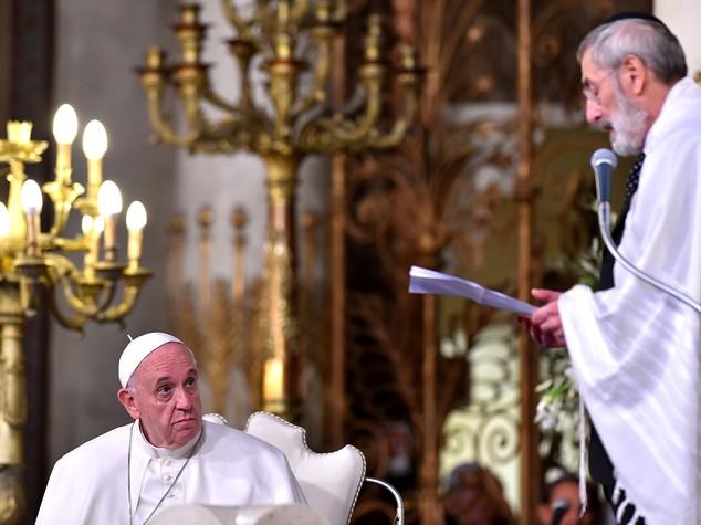 Papa, ebrei nostri fratelli maggiori