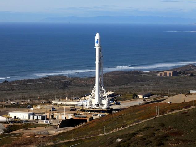 Fallito atterraggio razzo Space X