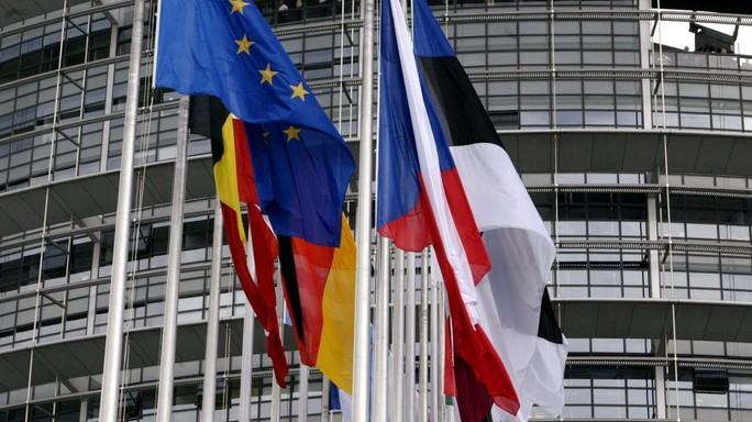 Si' di Bruxelles a Italia, per banche scudo da 150 miliardi