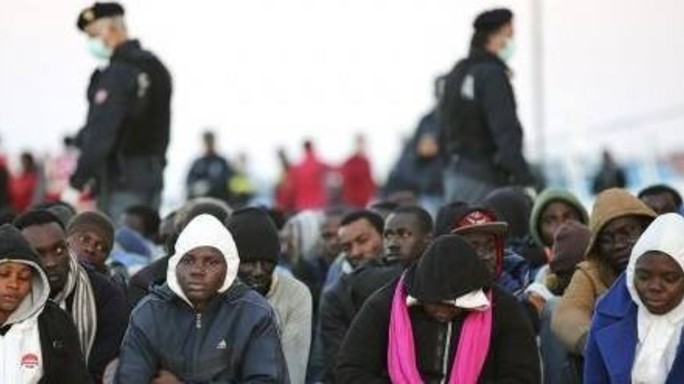 Ue richiama 28 su redistribuzione profughi, Italia ok su impronte
