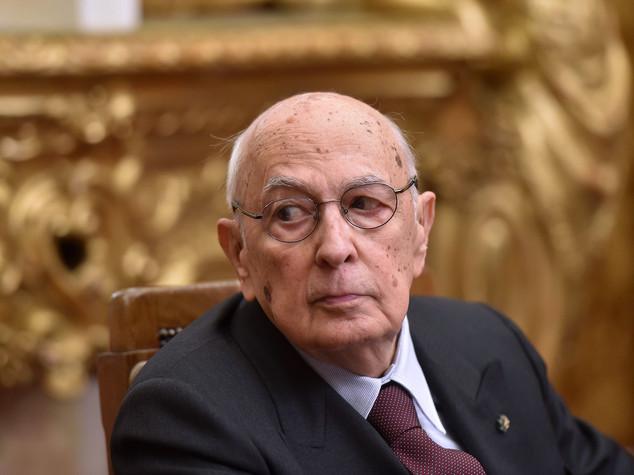 Napolitano richiama a promesse su riforme