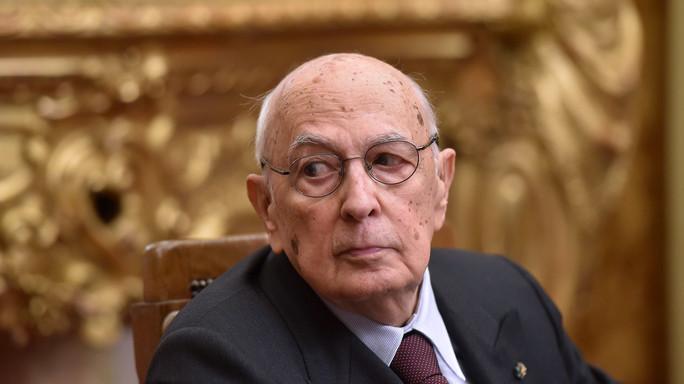 Napolitano esagera sul ricorso al voto anticipato in Italia