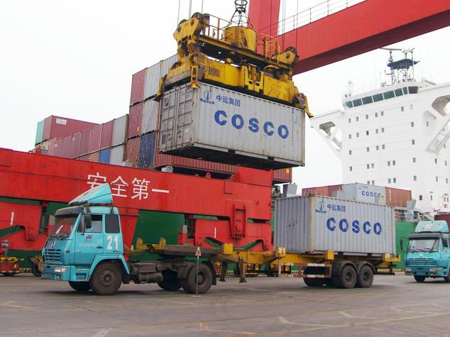 Cosco compra il 67% del porto del Pireo