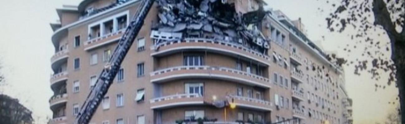 Crollati 3 piani di un palazzo a roma nessuna vittima for Palazzo a 4 piani