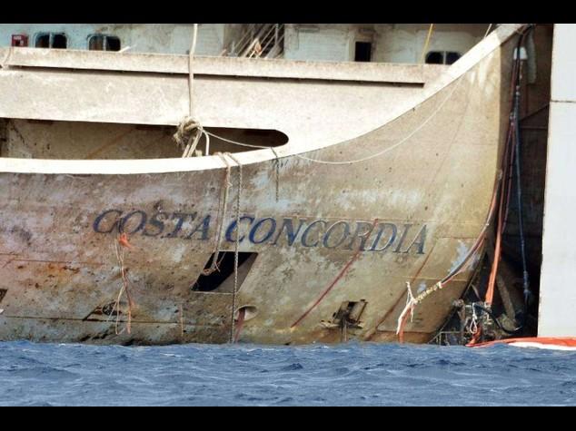 La Concordia pronta a partire, occhi sulle condizioni meteo