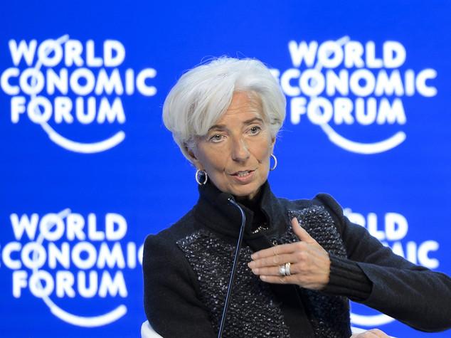 Lagarde, per 2016 modesto ottimismo e rischi significativi