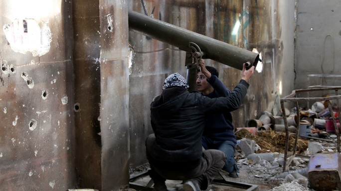 """Il ribelle siriano all'Agi, """"neanche una bomba russa sui jihadisti"""""""