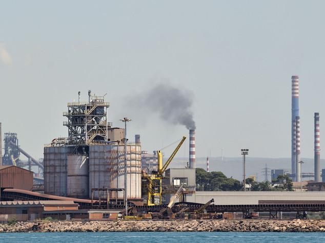 Ilva , muore operaio di 26 anni nello stabilimento di Taranto