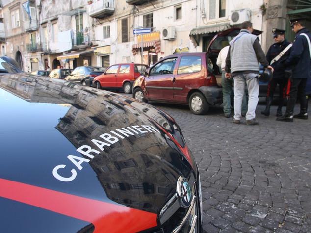 Sparatoria di camorra a Napoli, due feriti da pallottole vaganti