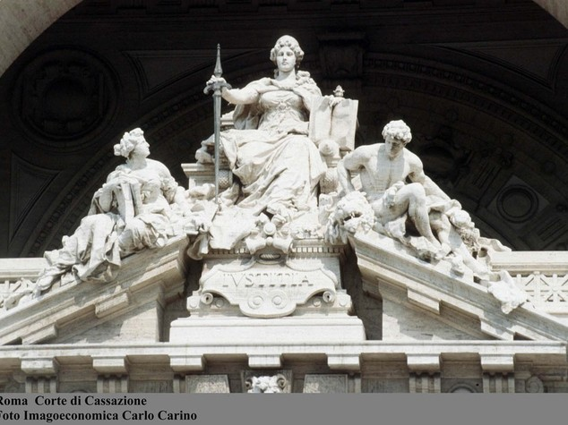 Da barellieri a cancellieri, rivolta al tribunale di Milano