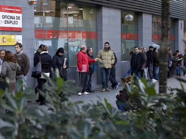 Eurozona, disoccupazione a dicembre in calo a 10,4%, giovani al 22%