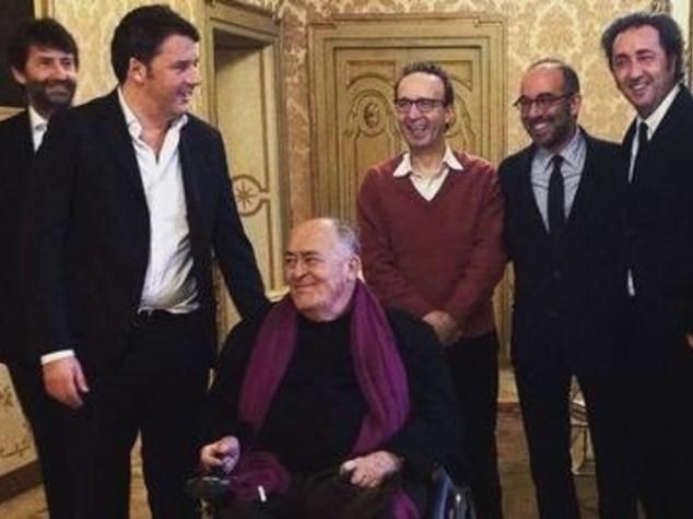 """Gli Oscar da Renzi, Benigni: """"ci ha accolti nudo"""""""