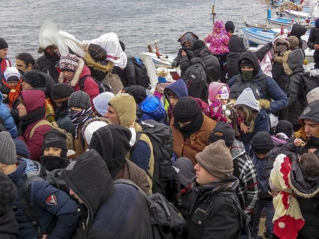 Migranti, leader Ue limano accordo con Turchia