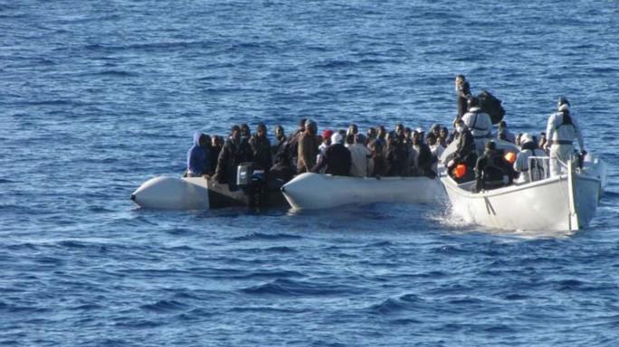Scontro sui migranti tra Renzi e l'Ue