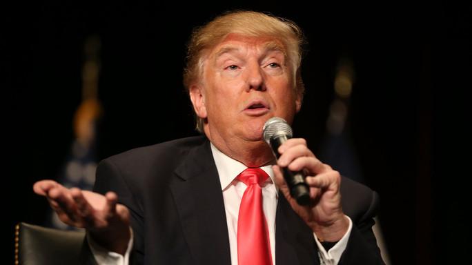 """Trump replica a Obama, il suo mandato """"un disastro"""""""