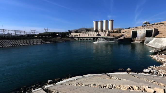 Timori e ansia a Wana, città all'ombra della diga Mosul