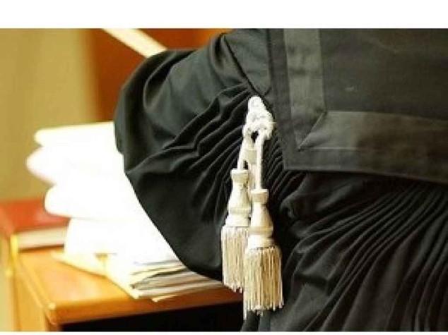 Imputata tenta di strangolare il giudice a Cassino
