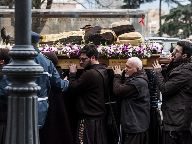 Le spoglie di Padre Pio a Roma per il Giubileo -  FOTO