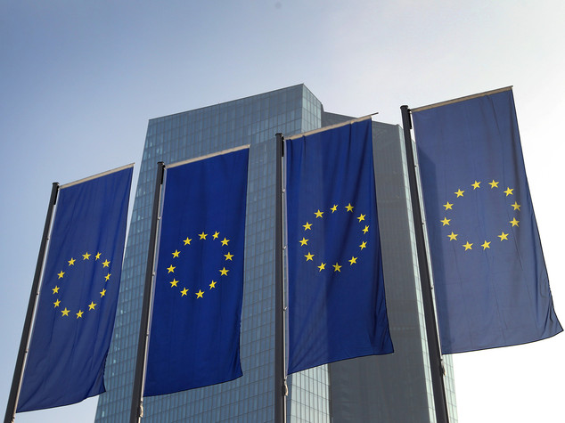 Bce, tassi ai livelli attuali o inferiori per lungo periodo