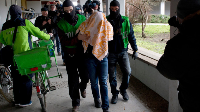 Sventato attentato a Berlino, arrestati tre algerini
