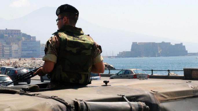 """Salvini rispolvera il servizio militare """"per 5 o 6 mesi"""""""