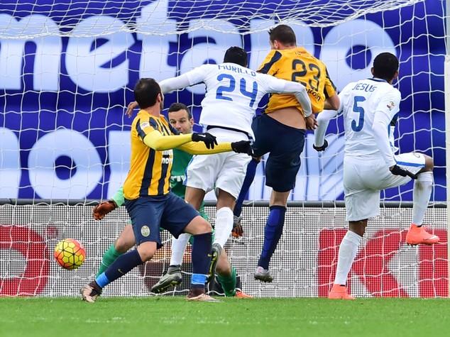 Un bel Verona ferma l'Inter, 3-3 al Bentegodi