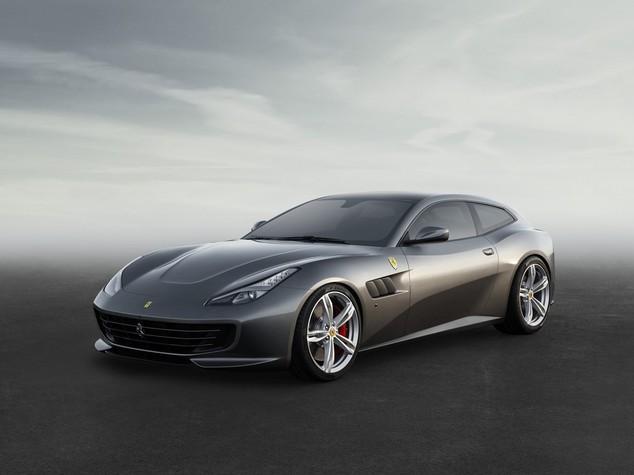 Ecco la nuova Ferrari GTC4, la 4x4 lusso - FOTO
